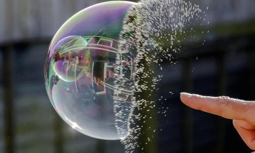 Protetto: Le bolle si assomigliano – 31 ottobre 2019 – ore 10,15